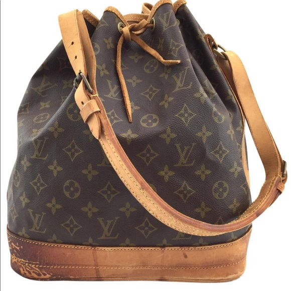 Louis Vuitton Handbags - LV shoulder bag